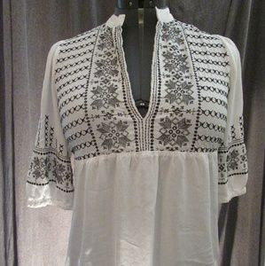 Forever 21 size M white bohemian top